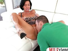 Busty milf Veronica Avluv seduces young cock and pussy