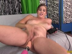 Stunning GILF Jade Blissette Puts on a Hot Show with a Fucking Machine
